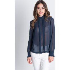 Szyfonowa bluzka z długim rękawem i zakładkami na przodzie BIALCON. Szare bluzki damskie BIALCON, z szyfonu, eleganckie, z kopertowym dekoltem, z długim rękawem. W wyprzedaży za 124.00 zł.