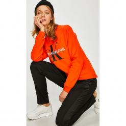 Calvin Klein Jeans - Bluza. Brązowe bluzy damskie Calvin Klein Jeans, z nadrukiem, z bawełny. Za 399.90 zł.