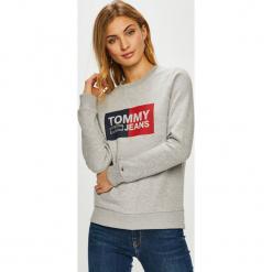Tommy Jeans - Bluza. Szare bluzy damskie Tommy Jeans, z nadrukiem, z bawełny. Za 359.90 zł.