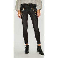 Desigual - Jeansy Lorena. Czarne jeansy damskie Desigual. W wyprzedaży za 279.90 zł.