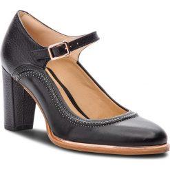 Półbuty CLARKS - Ellis Mae 261378004 Black Leather. Czarne półbuty damskie Clarks, z materiału, eleganckie. W wyprzedaży za 249.00 zł.