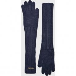 Trussardi Jeans - Rękawiczki. Czerwone rękawiczki damskie TRUSSARDI JEANS, z dzianiny. Za 149.90 zł.