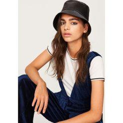 Kapelusz typu bucket hat - Czarny. Czapki i kapelusze damskie marki WED'ZE. W wyprzedaży za 29.99 zł.