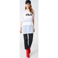 FILA Sukienka typu t-shirt Emily - White. T-shirty damskie Fila, z meshu, sportowe, z krótkim rękawem. W wyprzedaży za 128.77 zł.