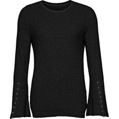 Sweter dzianinowy z rozkloszowanymi rękawami bonprix czarny. Swetry damskie marki bonprix. Za 99.99 zł.