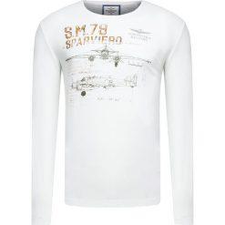 T-shirt AERONAUTICA MILITARE Biały. Bluzki z długim rękawem męskie Aeronautica Militare, moro, z włoskim kołnierzykiem. Za 260.00 zł.