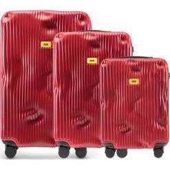 Walizki Stripe w zestawie 3 el. Alfa Red. Walizki męskie Crash Baggage, z materiału. Za 2,796.00 zł.