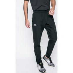 Under Armour - Spodnie Out & Back. Szare spodnie sportowe męskie Under Armour, z poliesteru. W wyprzedaży za 239.90 zł.