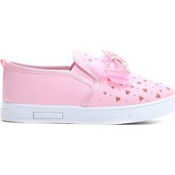 Różowe Slip On Doll. Czerwone buty sportowe dziewczęce Born2be, z materiału. Za 39.99 zł.