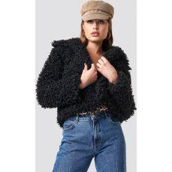 NA-KD Kurtka Curly Faux Fur - Black. Czarne kurtki damskie NA-KD Trend, z materiału. Za 323.95 zł.