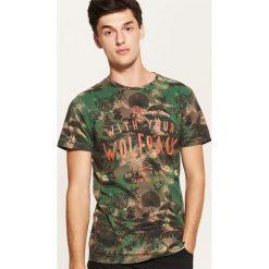 T-shirt z motywem roślinnym - Khaki. Brązowe t-shirty męskie House. Za 49.99 zł.