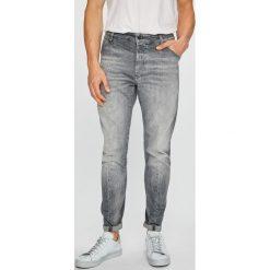 G-Star Raw - Jeansy. Szare jeansy męskie G-Star Raw. W wyprzedaży za 599.90 zł.