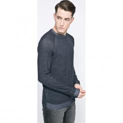 Jack & Jones - Sweter. Szare swetry przez głowę męskie Jack & Jones, z bawełny, z okrągłym kołnierzem. W wyprzedaży za 49.90 zł.
