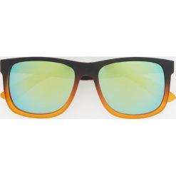 Okulary przeciwsłoneczne - Pomarańczo. Okulary przeciwsłoneczne dla dzieci marki Pulp. Za 49.99 zł.
