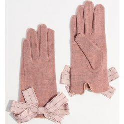 Wełniane rękawiczki - Różowy. Czerwone rękawiczki damskie Mohito, z wełny. Za 49.99 zł.