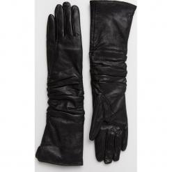 Answear - Rękawiczki skórzane Animal Me. Czerwone rękawiczki damskie ANSWEAR, z materiału. Za 129.90 zł.