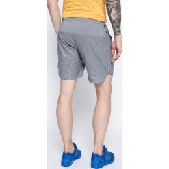 Adidas Performance - Szorty. Szare krótkie spodenki sportowe męskie adidas Performance, z materiału. W wyprzedaży za 89.90 zł.