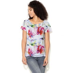 Colour Pleasure Koszulka CP-034 157 biało-różowo-czerwona r. XXXL/XXXXL. Bluzki damskie Colour Pleasure. Za 70.35 zł.