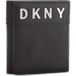 Mały Portfel Damski DKNY - Bedford Trifold Wallet R831K793 Black/Silver BSV. Czarne portfele damskie DKNY, ze skóry. Za 639.00 zł.