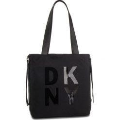 Torebka DKNY - Ave A-Lg Tote-Nylon R83AE671 Black/Silver BSV. Czarne torebki do ręki damskie DKNY, z materiału. Za 719.00 zł.