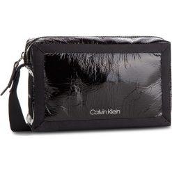 Torebka CALVIN KLEIN - Outline Medium Crossbody K60K604820 001. Czarne listonoszki damskie Calvin Klein, z materiału. Za 449.00 zł.