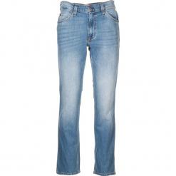 """Dżinsy """"Tramper"""" - Regular fit - w kolorze błękitnym. Niebieskie jeansy męskie Mustang. W wyprzedaży za 152.95 zł."""