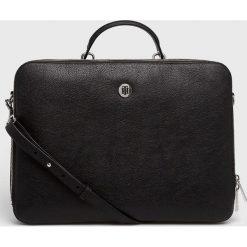 Tommy Hilfiger - Torba na laptopa. Czarne torby na laptopa damskie Tommy Hilfiger, w paski, z materiału. Za 579.90 zł.
