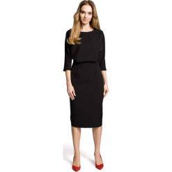 Czarna Sukienka Wizytowa Midi z Kimonowym Rękawem 3/4. Czarne sukienki damskie Molly.pl, w jednolite wzory, ze skóry, biznesowe. Za 134.90 zł.