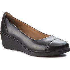 Półbuty CLARKS - Un Tallara Dee 261323774  Black Leather. Czarne półbuty damskie Clarks, ze skóry. W wyprzedaży za 319.00 zł.