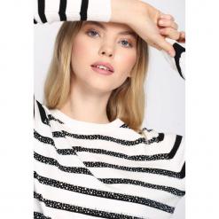Biało-Czarny Sweter Can't Buy Me Love. Białe swetry damskie Born2be, z okrągłym kołnierzem. Za 69.99 zł.