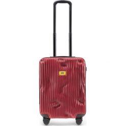 Walizka Stripe kabinowa Alfa Red. Czerwone walizki męskie Crash Baggage. Za 1,049.00 zł.