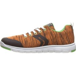 """Sneakersy """"Xunday"""" w kolorze pomarańczowym. Brązowe trampki i tenisówki chłopięce Geox Kids, z gumy. W wyprzedaży za 129.95 zł."""