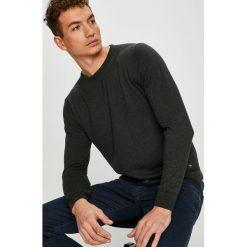 Pierre Cardin - Sweter. Czarne swetry przez głowę męskie Pierre Cardin, z bawełny, z okrągłym kołnierzem. W wyprzedaży za 299.90 zł.