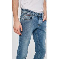 Tommy Jeans - Jeansy Scanton. Niebieskie jeansy męskie Tommy Jeans. W wyprzedaży za 299.90 zł.