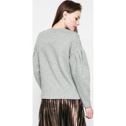 Vero Moda - Bluza. Czarne bluzy damskie Vero Moda, z bawełny. W wyprzedaży za 49.90 zł.
