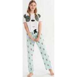 Dwuczęściowa piżama We bare bears - Biały. Białe piżamy damskie Sinsay. Za 69.99 zł.