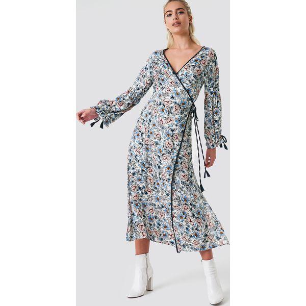 858c001faf Glamorous Kopertowa sukienka maxi w kwiaty - Multicolor - Sukienki ...