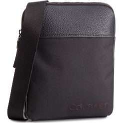 Saszetka CALVIN KLEIN - Vault Flat Crossover K50K504282 Black 001. Czarne saszetki męskie Calvin Klein, ze skóry ekologicznej, młodzieżowe. Za 349.00 zł.