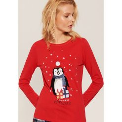 Piżamowa koszulka ze świątecznym motywem - Czerwony. Czerwone koszule nocne damskie House. Za 39.99 zł.