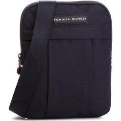 Saszetka TOMMY HILFIGER - Tommy Crossover AM0AM03234  413. Niebieskie saszetki męskie Tommy Hilfiger, z materiału, młodzieżowe. W wyprzedaży za 229.00 zł.