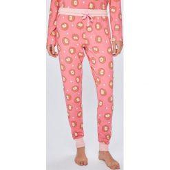Chelsea Peers - Piżama. Piżamy damskie marki bonprix. W wyprzedaży za 119.90 zł.