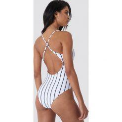 Hot Anatomy Kostium kąpielowy w paski - White. Białe kostiumy jednoczęściowe damskie Hot Anatomy, w paski. Za 202.95 zł.