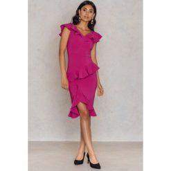 2c89a73ec1 Trendyol Sukienka kimono w kwiaty - Pink - Sukienki damskie marki ...