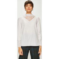 Trendyol - Bluzka. Szare bluzki damskie Trendyol, z bawełny, casualowe, ze stójką. W wyprzedaży za 59.90 zł.
