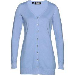 Długi sweter rozpinany bonprix perłowy niebieski. Kardigany damskie marki bonprix. Za 74.99 zł.