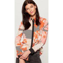 Wzorzysta koszula - Wielobarwn. Różowe koszule damskie Mohito. W wyprzedaży za 69.99 zł.