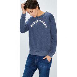 Roxy - Bluza. Szare bluzy damskie Roxy, z aplikacjami, z bawełny. W wyprzedaży za 199.90 zł.