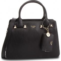 Torebka GUESS - HWUG68 61060 BLACK. Czarne torebki do ręki damskie Guess, z aplikacjami, ze skóry ekologicznej. Za 679.00 zł.