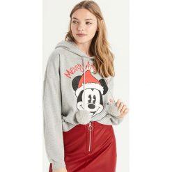 Świąteczna bluza Mickey Mouse - Jasny szar. Szare bluzy damskie Sinsay, z motywem z bajki. Za 69.99 zł.