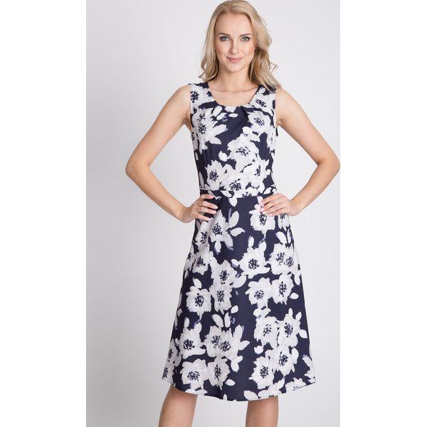 ebfdec7485 Lekka sukienka w kwiaty QUIOSQUE - Sukienki damskie marki QUIOSQUE ...